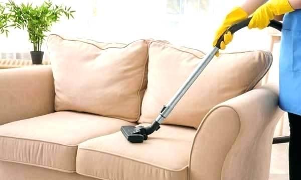 تمیز کردن مبلمان راحتی رنگ روشن چرم پارچه در منزل