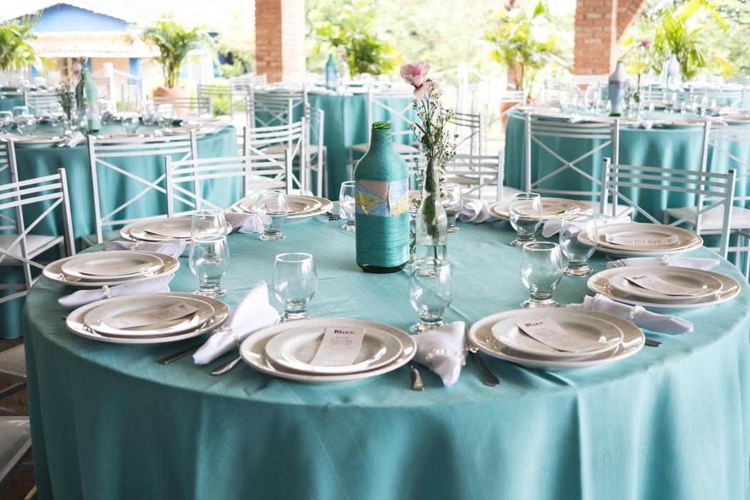 میز ناهار خوری چوبی آشپزخانه گرد سفید آبی