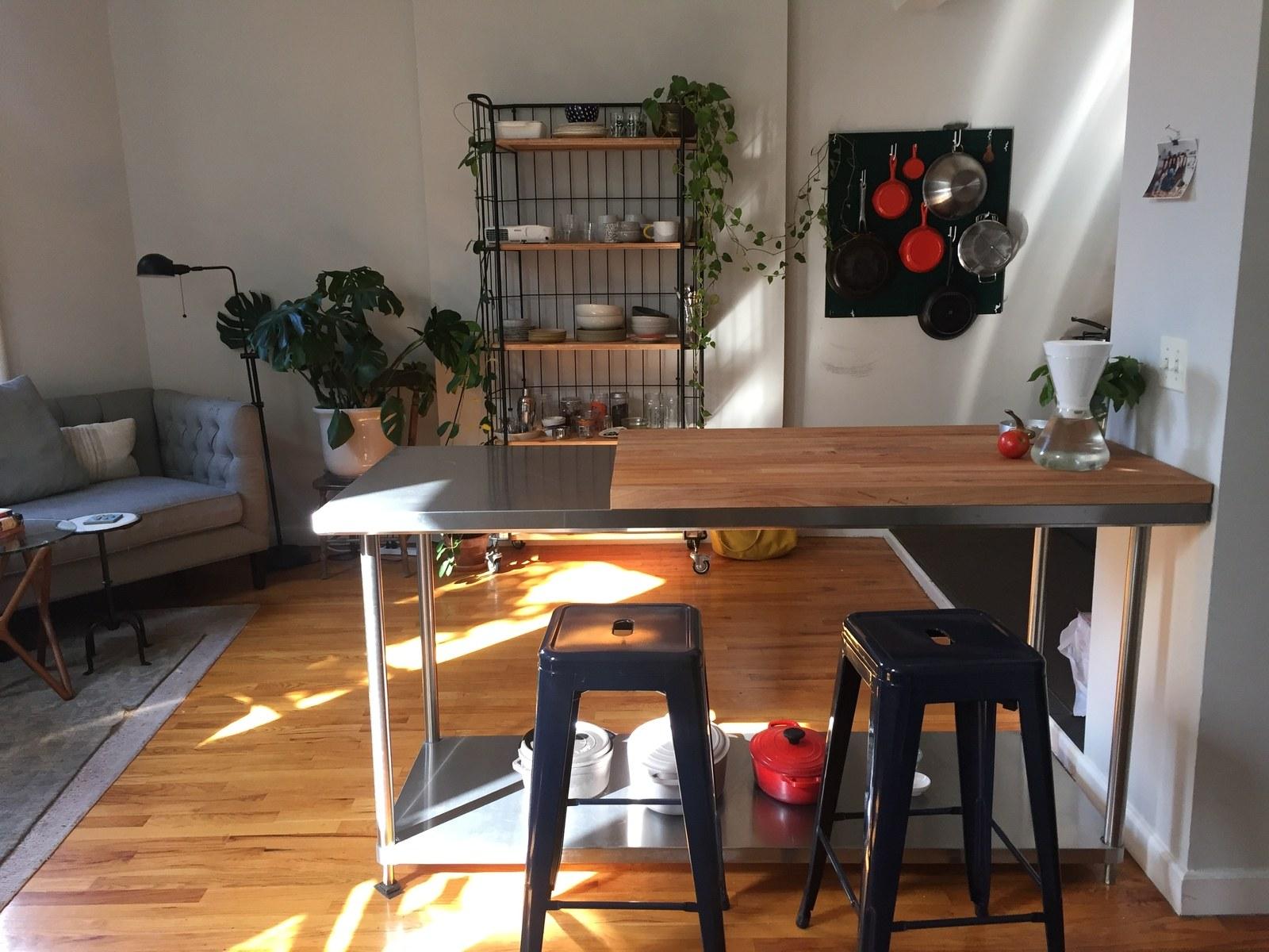 میز ناهار خوری چوبی صندلی فلزی