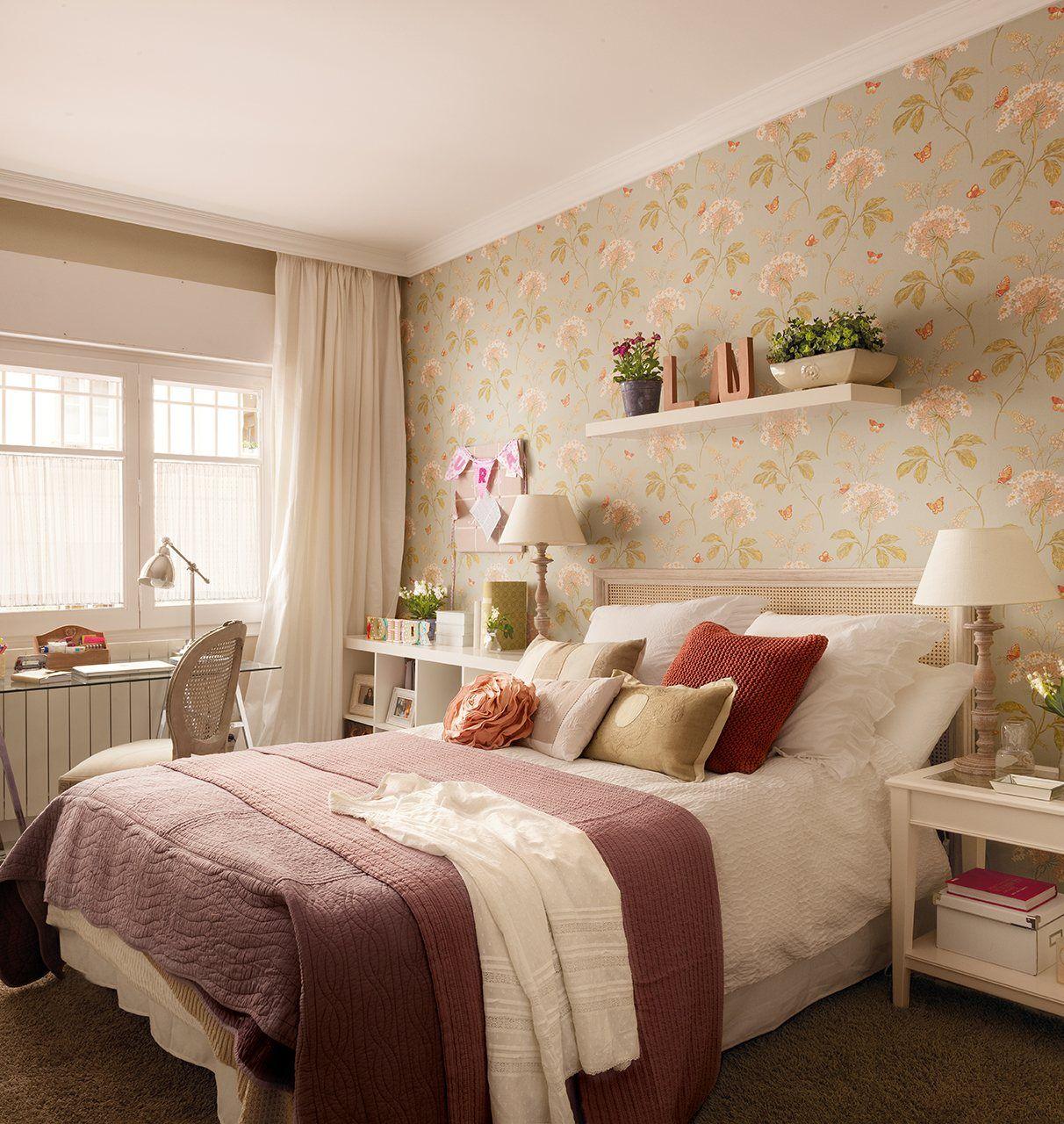 شلف های زیبا برای دیوار بالای تخت خواب