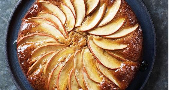 کیک سیب و دارچین خانگی