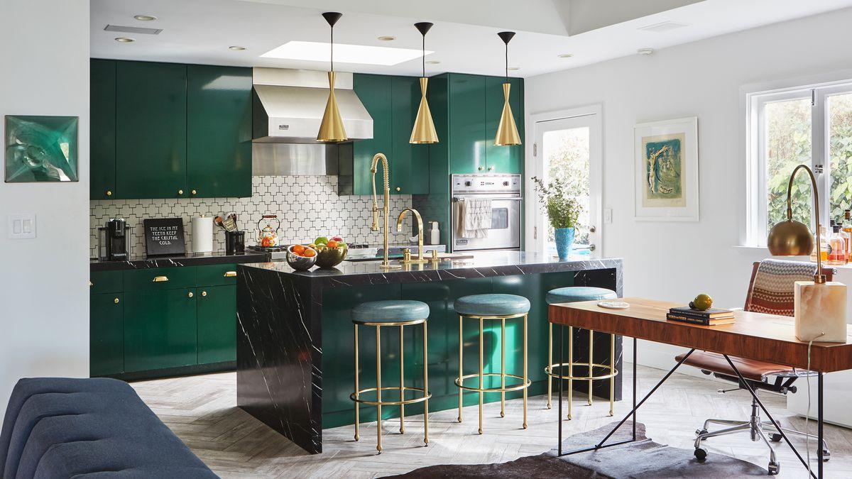 دکوراسیون آشپزخانه با کابینت سبز
