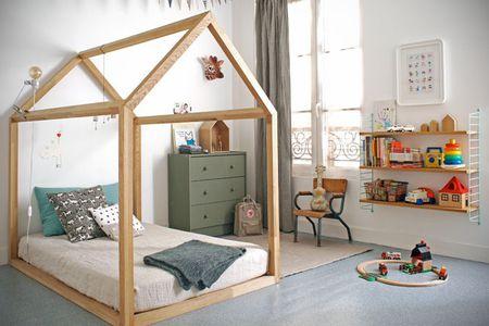 دکوراسیون اتاق خواب پسرانه با تخت خاص