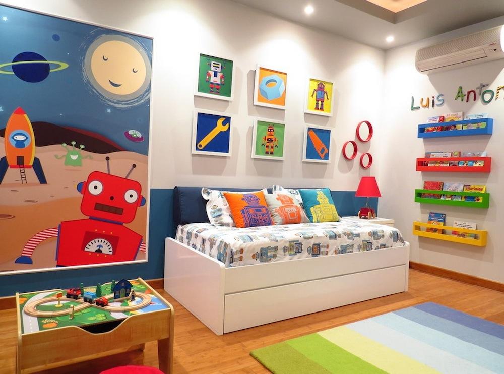 دکوراسیون اتاق کودک با اسباب بازی
