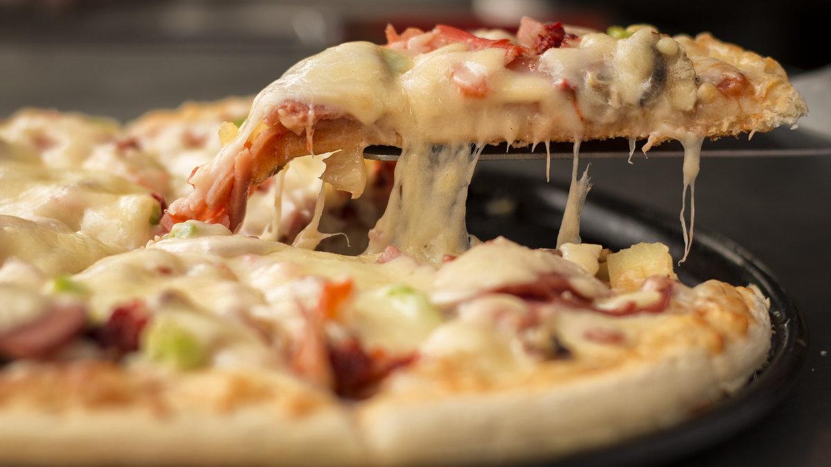 پیتزا خانگی